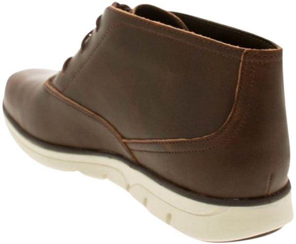 Timberland Chukka Boots for Men - Brown